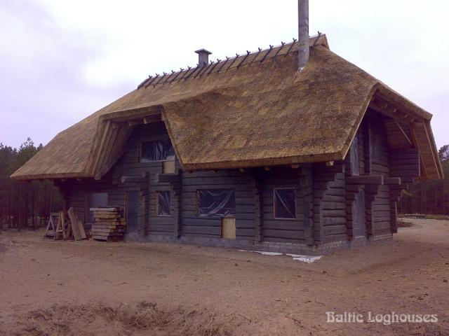 Rookatusega käsitöö palkmaja Eestis