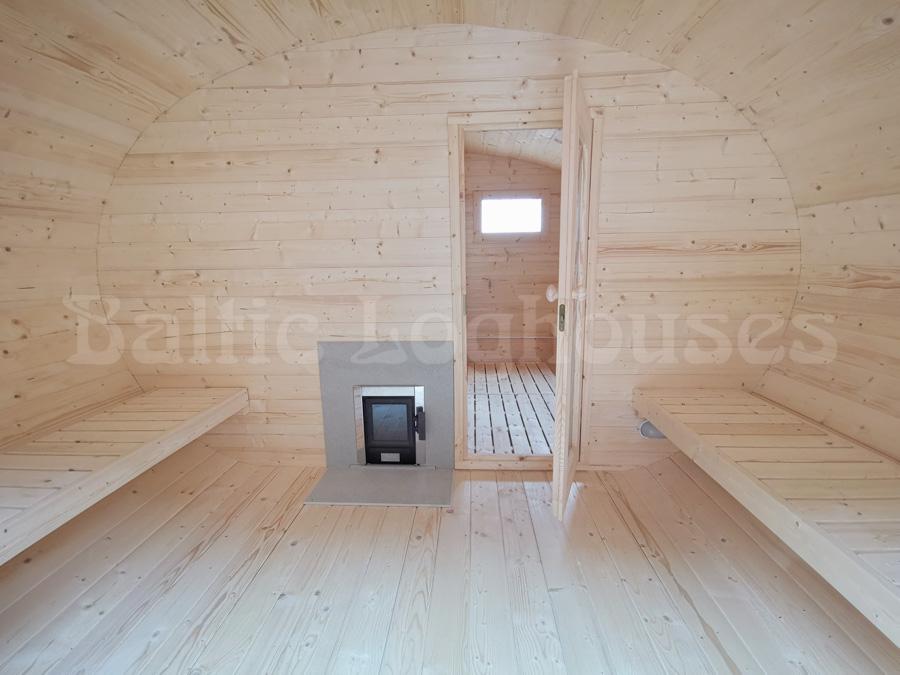 3 ruumiga ovaalne saun suure eesruumiga väljast vaade